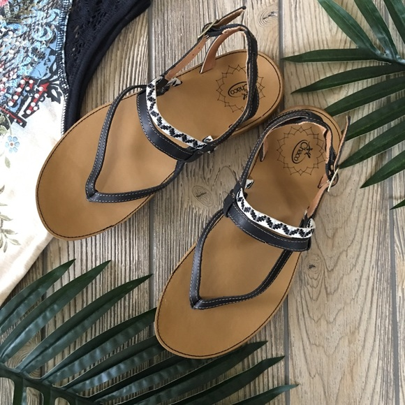 Chaco Shoes   Nwot Chaco Loveland